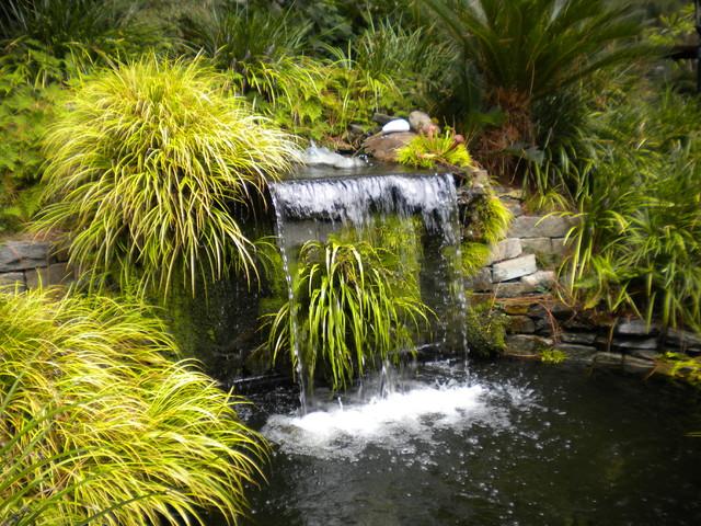 Waterfeatures eclectic-landscape