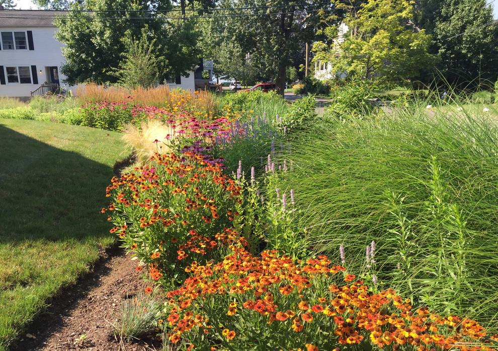 Waterfront Garden, Greenwich CT - Beach Style - Landscape ...
