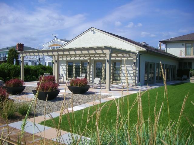 Waterfront Garden modern-landscape