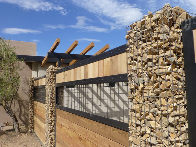 Waterwise landscapes office contemporary landscape for Landscaping rocks albuquerque