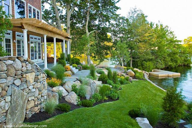 Bon Webster, MA Lake House Traditional Landscape