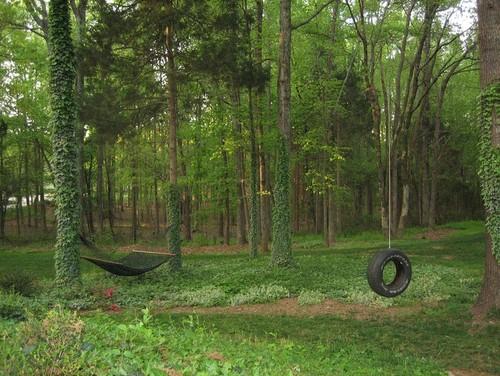 Objetos reciclados en jardines - Jardines en casas de campo ...