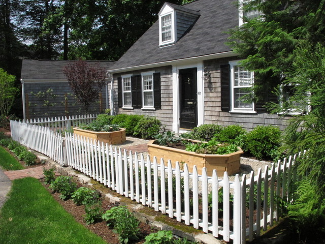 this is an example of a small traditional full sun front yard brick vegetable garden landscape - Front Yard Garden Ideas Pictures