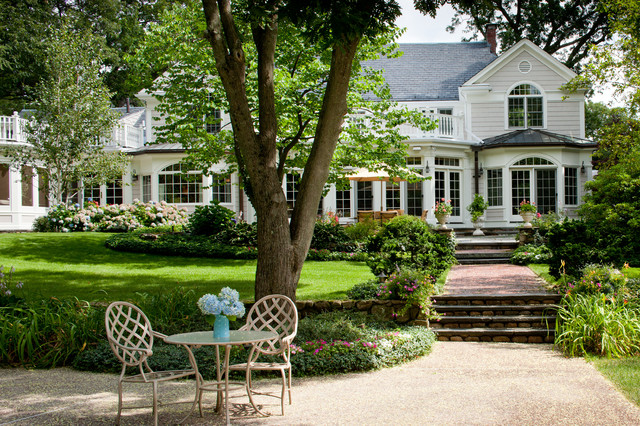 Wellesley Residence traditional-landscape