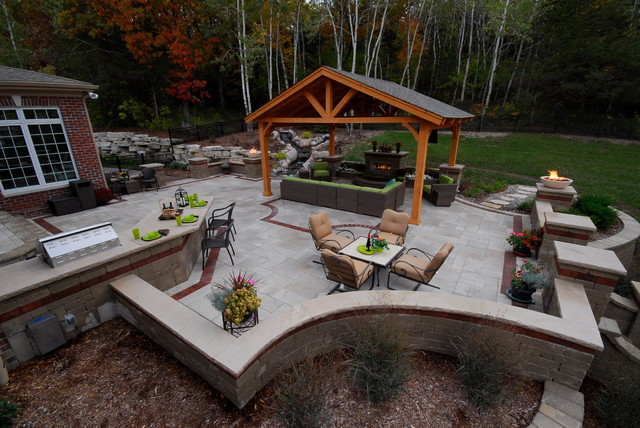 West Bend Landscape Milwaukee By Extreme Exteriors