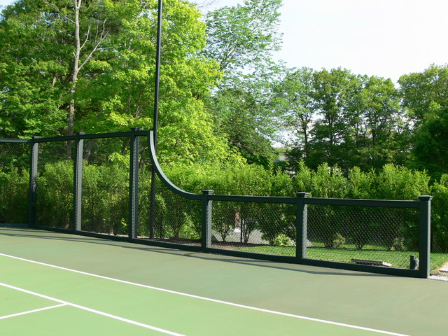 Weston Post Tensioned Concrete Tennis Court - Traditional