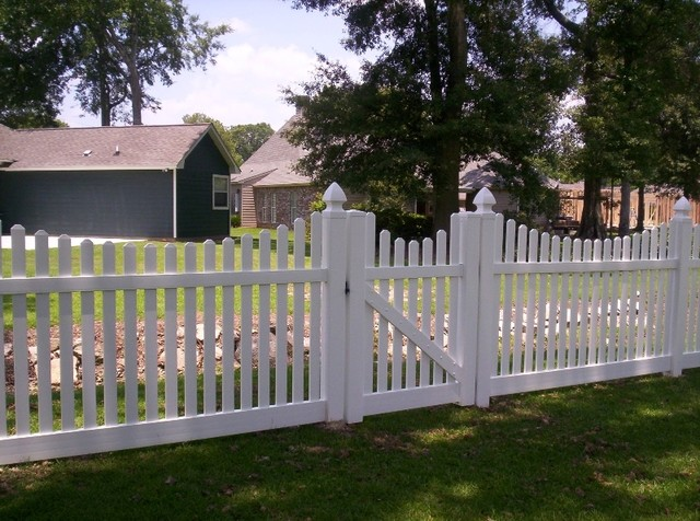 White Vinyl Picket Fence With Optional Decorative Caps