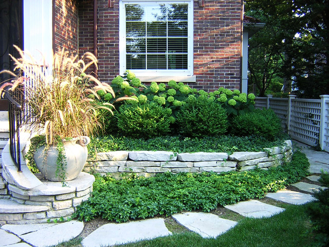 Wilmette residence landscape traditional landscape for Landscape design chicago
