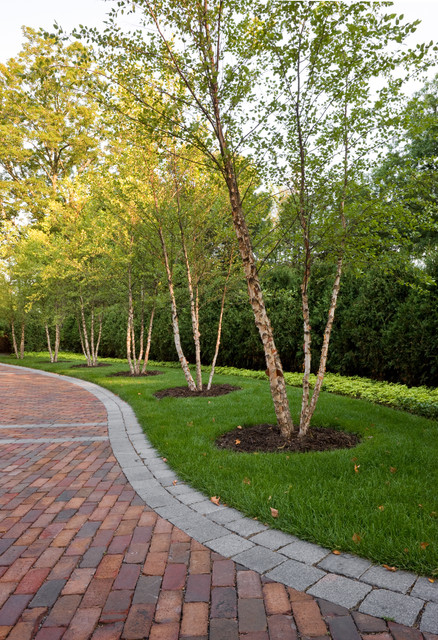 Windsor Companies traditional landscape