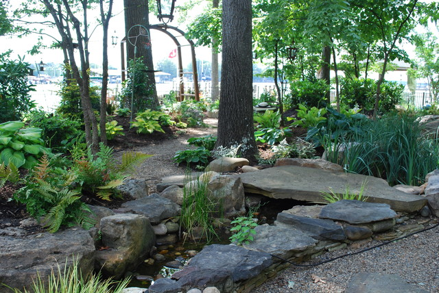 Woodland Back Garden Reno On Lake Norman Traditional