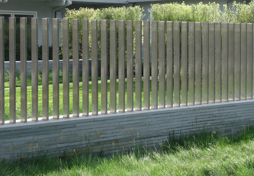 Creative ideas for your backyard fence