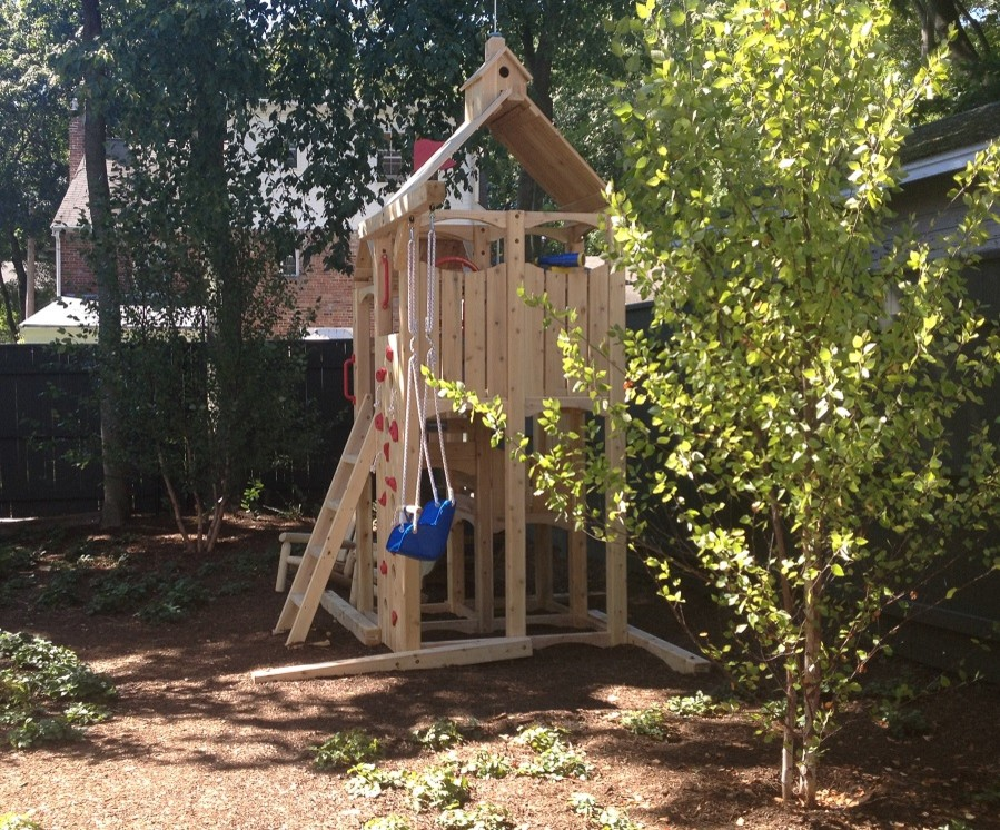 Woodsy side yard for little ones to explore