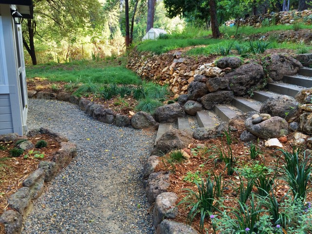 Working with stone traditional landscape sacramento for Landscaping rocks sacramento