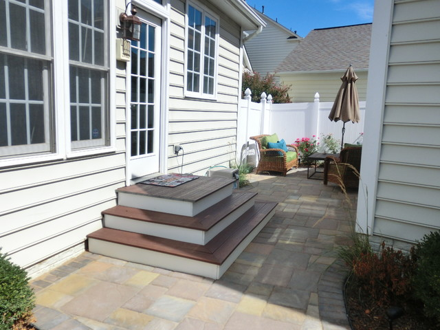 Wrap Around Steps Traditional Landscape Seattle By Green