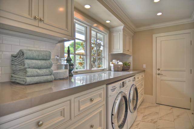 Coastal White Floor Laundry Room Photo In Los Angeles With White Cabinets