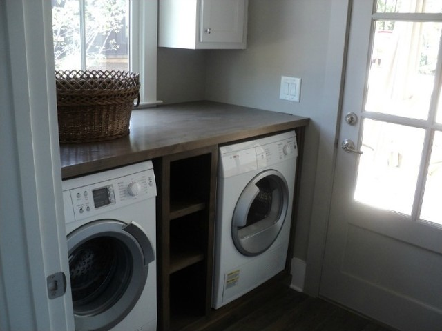 2012 bosch netzero home serenbe contemporary laundry for Kitchen cabinet washing machine
