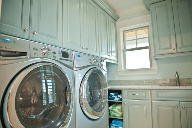 40th Street traditional laundry room