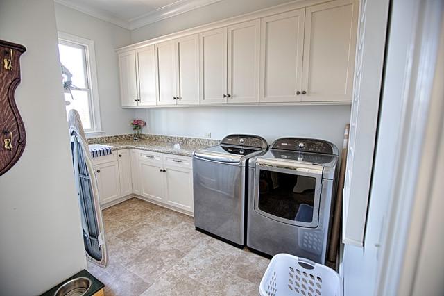 49 Harbor Ridge traditional-laundry-room