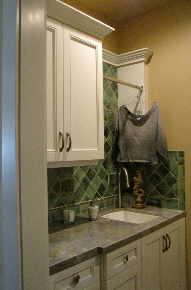 Elegant laundry room photo in Los Angeles