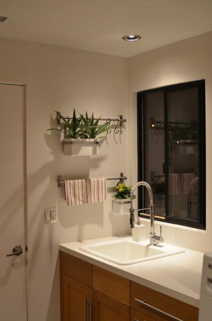 Acana Residence modern-laundry-room