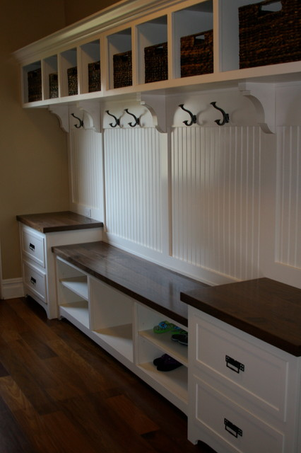 Award winning custom carpentry - Traditional - Laundry Room - chicago - by Byers Moseley Inc