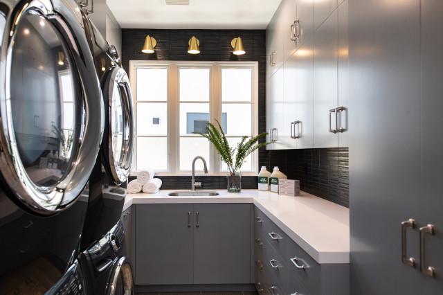 Bayadere Newport Beach Transitional Laundry Room