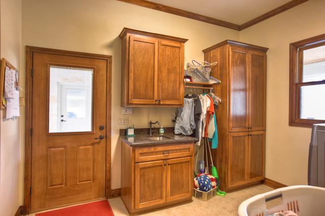 Black. Custom Home laundry-room