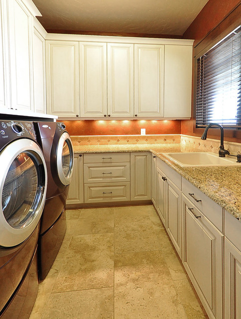Boundless traditional-laundry-room