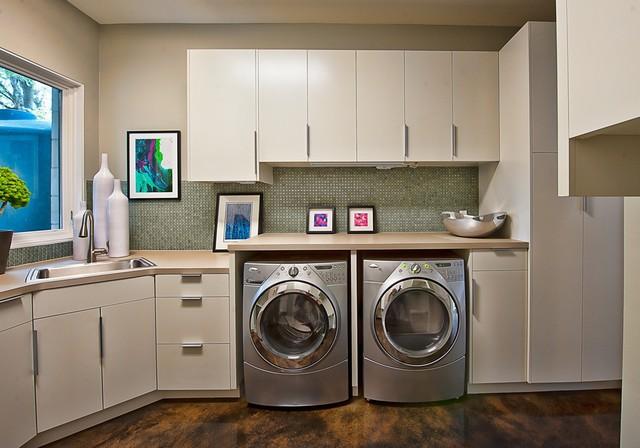 Bowman, Greenbelt Homes, Austin TX contemporary-laundry-room