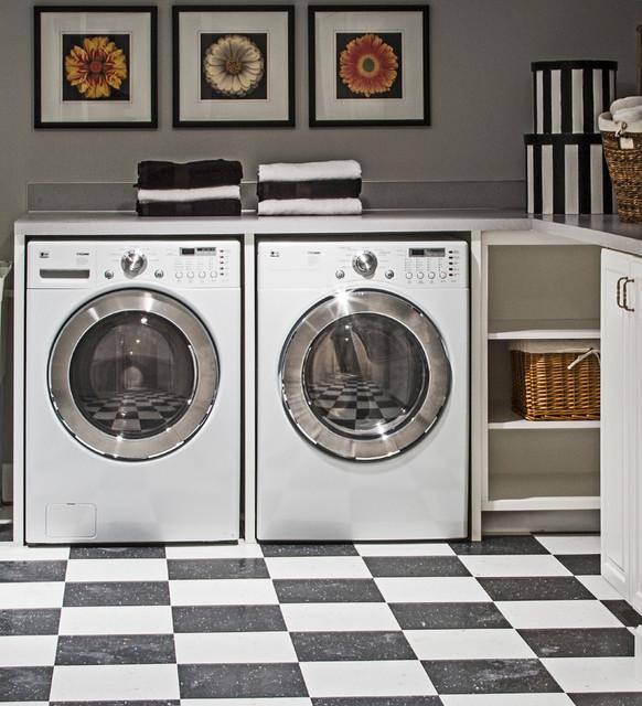 Bushwood traditional-laundry-room