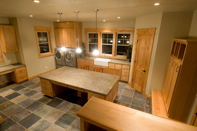 Cascadia, Life Room traditional-laundry-room