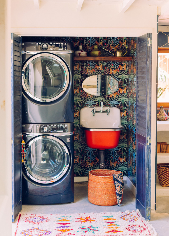 Eclectic laundry room photo in Los Angeles