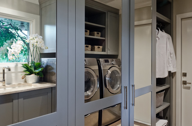 Castle Hills Kitchen, Breakfast, Pantry, and Laundry in San Antonio Texas transitional-laundry-room