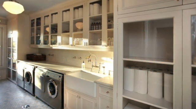 Classic Fairfield Home traditional-laundry-room