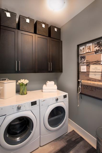 classic suite secret ridge contemporain buanderie vancouver par i3 design group. Black Bedroom Furniture Sets. Home Design Ideas