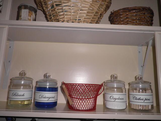 Connie Nikiforoff Designs traditional-laundry-room