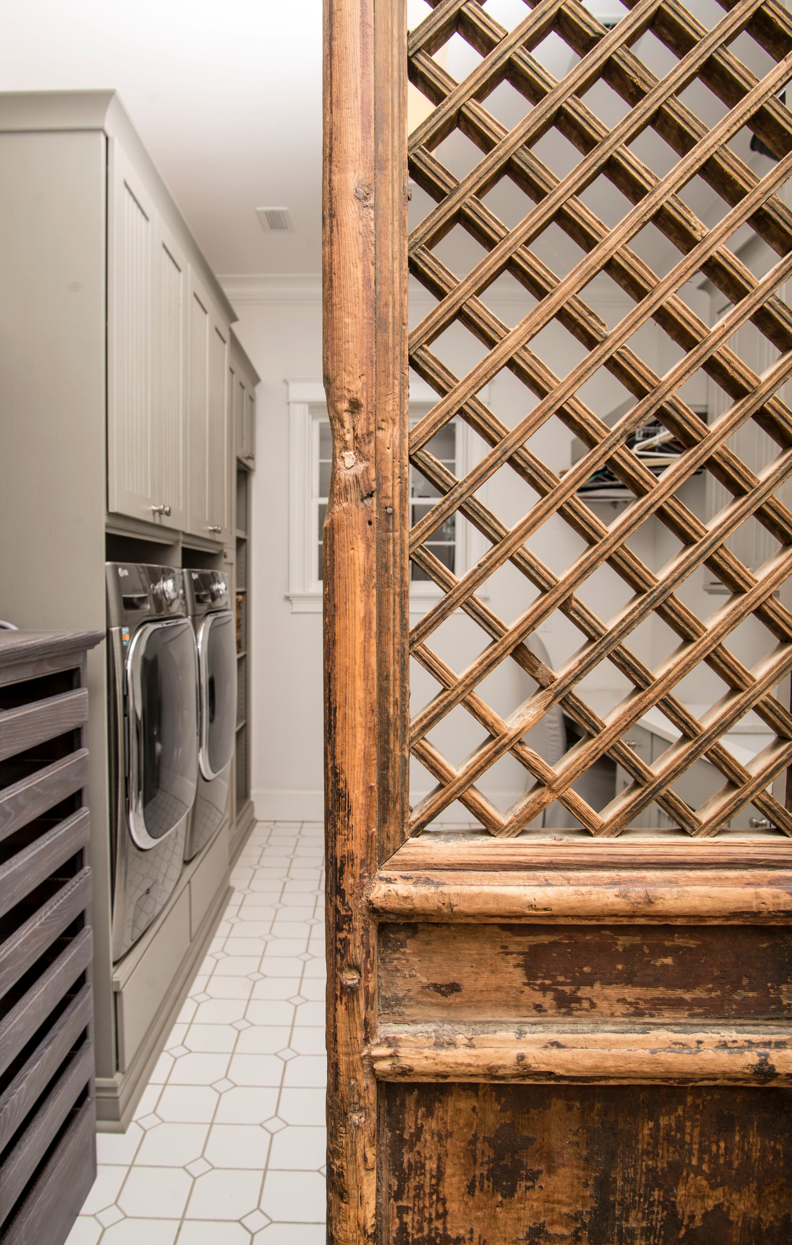 Countryside Estate Laundry Room