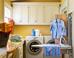 Crisp Architects traditional-laundry-room