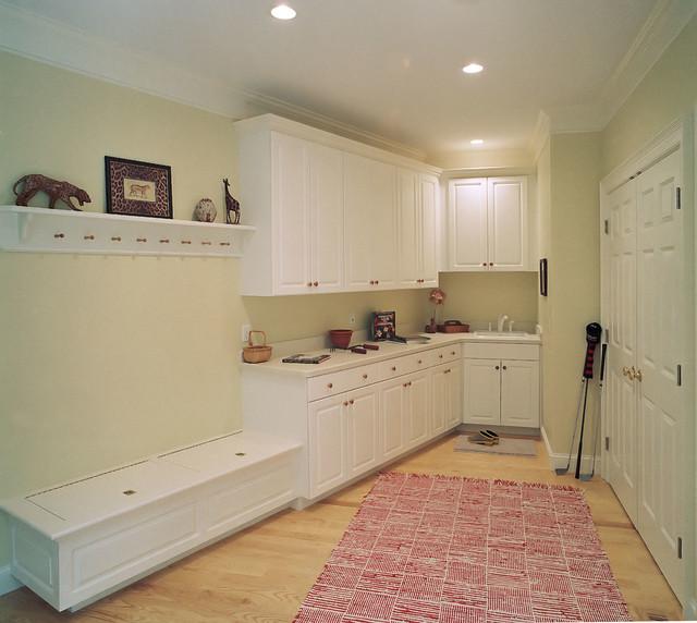 Custom Laundry Rooms traditional-laundry-room