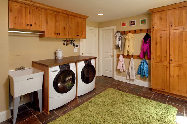 Daniels Design traditional-laundry-room