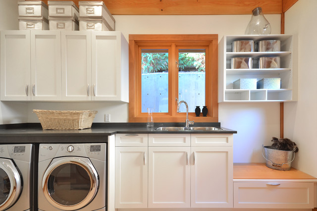 Traditional Laundry Room by Streamline Design Ltd. - Kevin Simoes