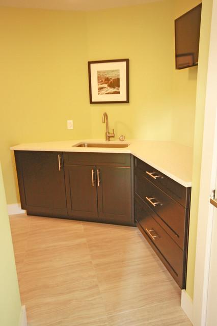 Desginer Showhome contemporary-laundry-room