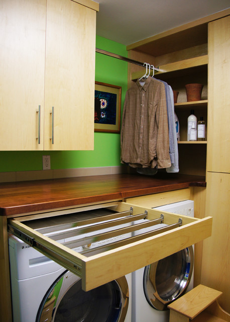 Drying rack pull out - Contemporary - Laundry Room - raleigh - by Sophie Piesse Architect, PA