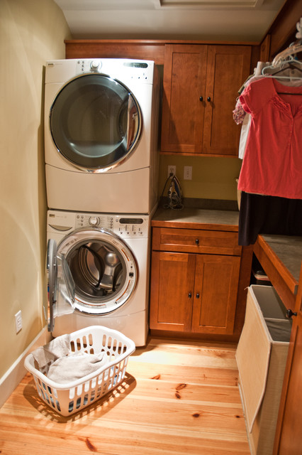 East Brandywine home traditional-laundry-room