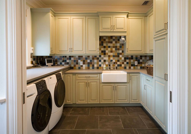 Executive Cabinetry traditional-laundry-room
