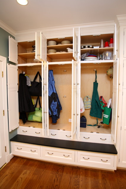 Family Lockers Traditional Laundry Room