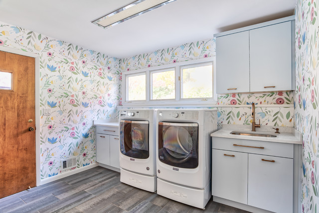 Fl Wallpaper Laundry Room With Blue