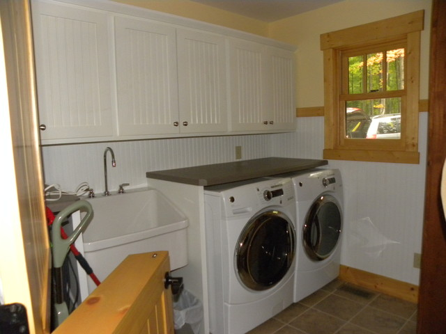 Brand new Folding counter above front-load washer and dryer - Traditional  QN86