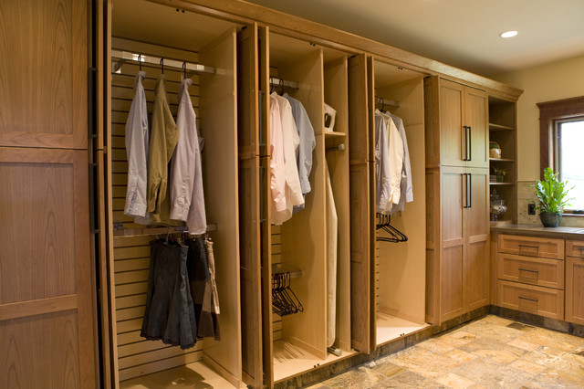 Frank Lloyd Wright Inspired Home craftsman-laundry-room