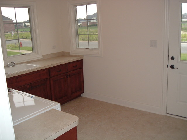 Frankfort traditional-laundry-room